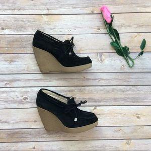 e6d38b514eed Michael Kors black loafer wedges size 6